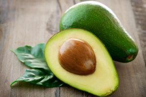 Ein tolles Bild einer reifen Avocado