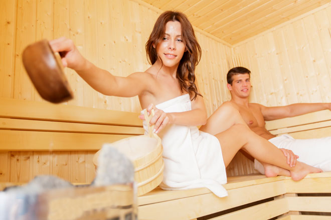 Wir verraten Dir, welche Regeln in der Sauna gelten und worauf Du als Sportler in der Sauna achten solltest