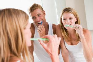 Ist Fluorid-Zahnpasta schädlich? Wir verraten, was hinter dem Mythos steckt