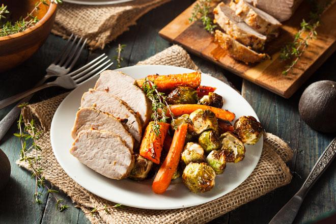 Schweinefilet mit Möhren perfekt für die Low Carb Diät